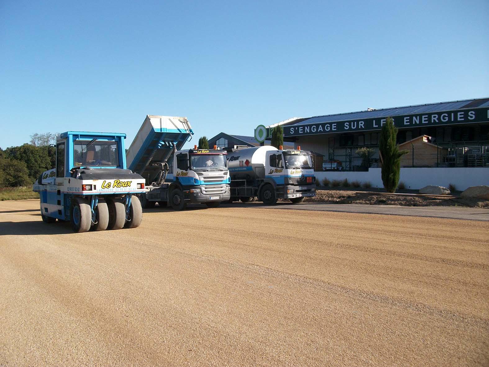 Le Roux TP - Travaux Publics - Voirie route - préparation parking - 4