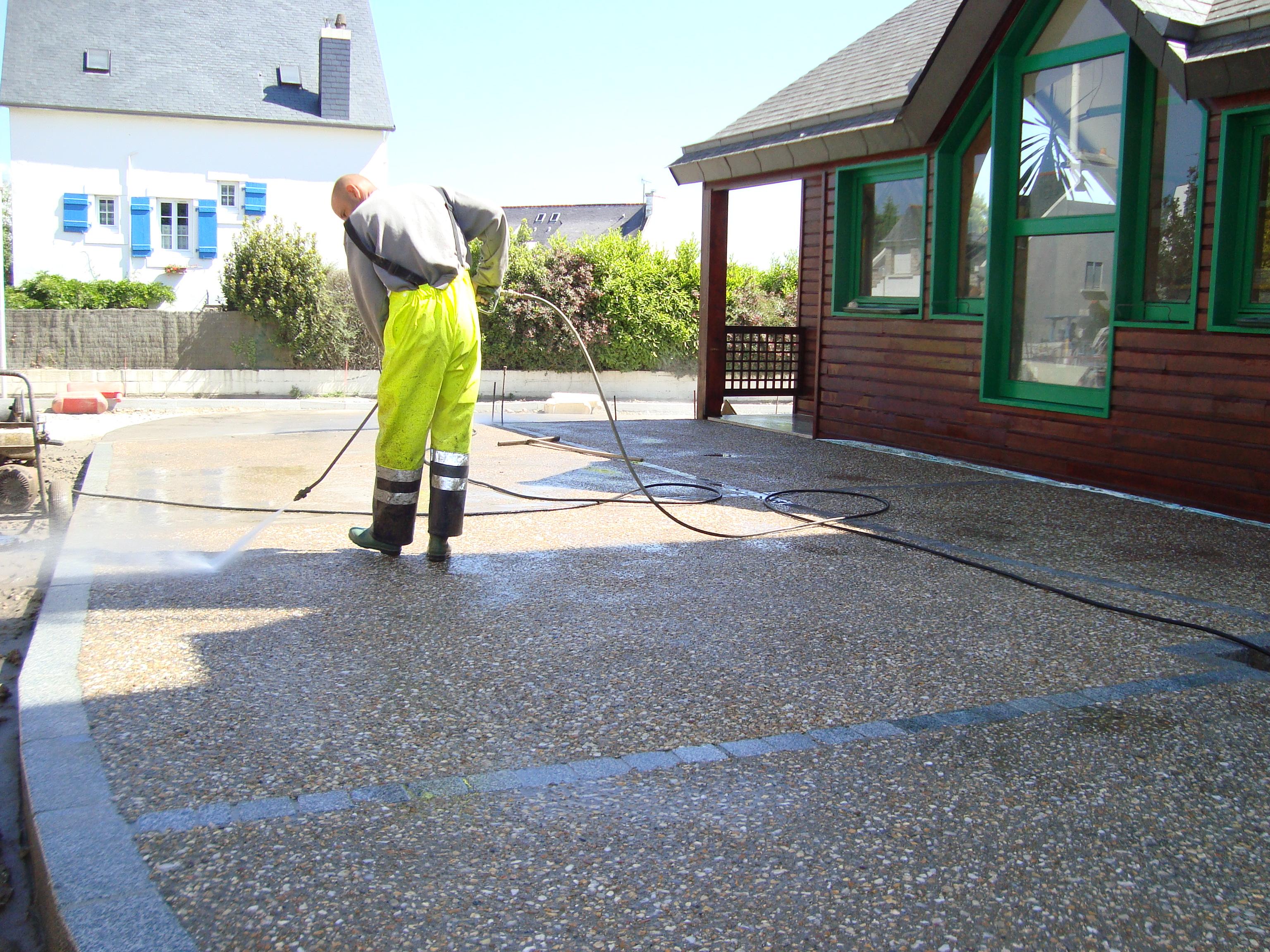 Le Roux TP - Travaux Publics - Aménagement urbain - Création de béton désactivé lavé - 9