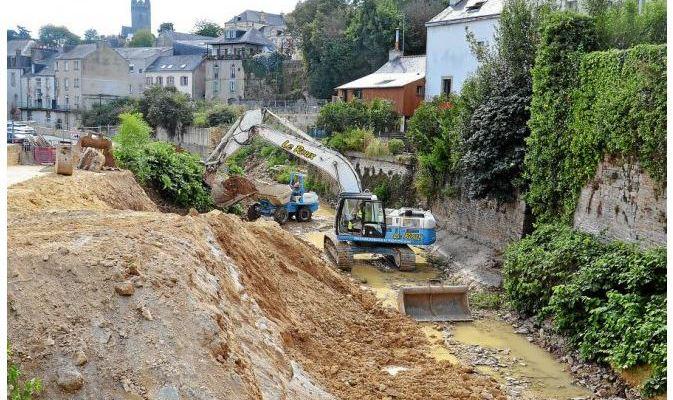 RENFORCEMENT DES BERGES DE L'ISOLE